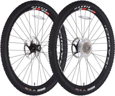 Stans No Tubes Raid ZTR 28 Wheelset Tyres..