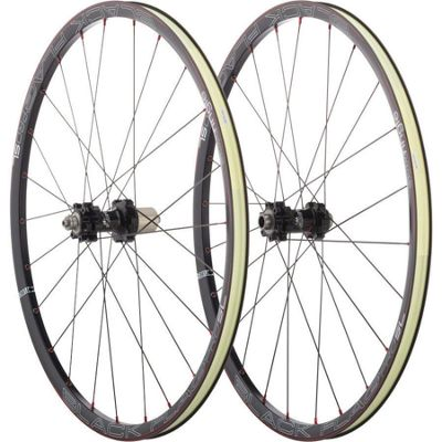 Roues Sun Ringle Black Flag Pro SL 26\