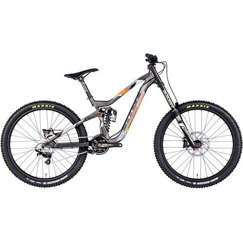 Vitus Bikes Dominer DH 2016