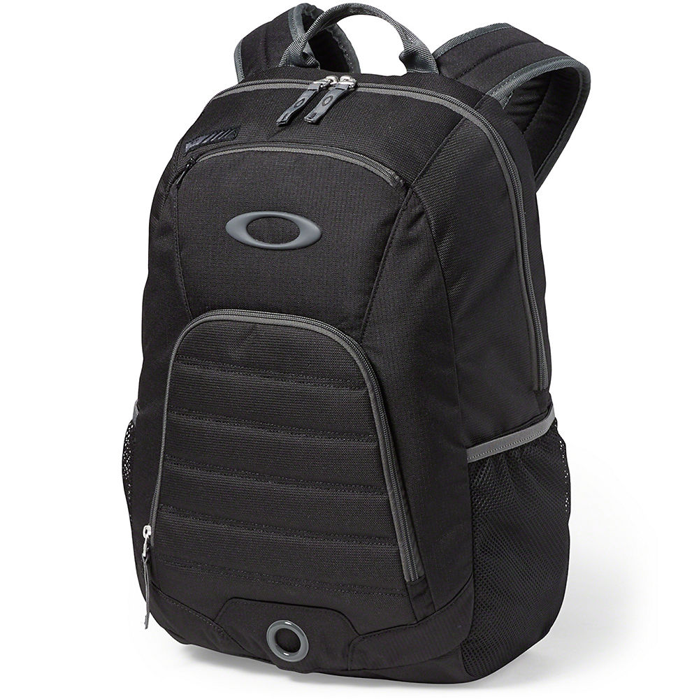 oakley-4-on-the-floor-backpack