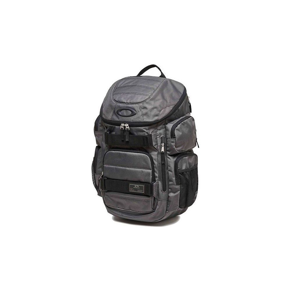 oakley-enduro-30l-backpack