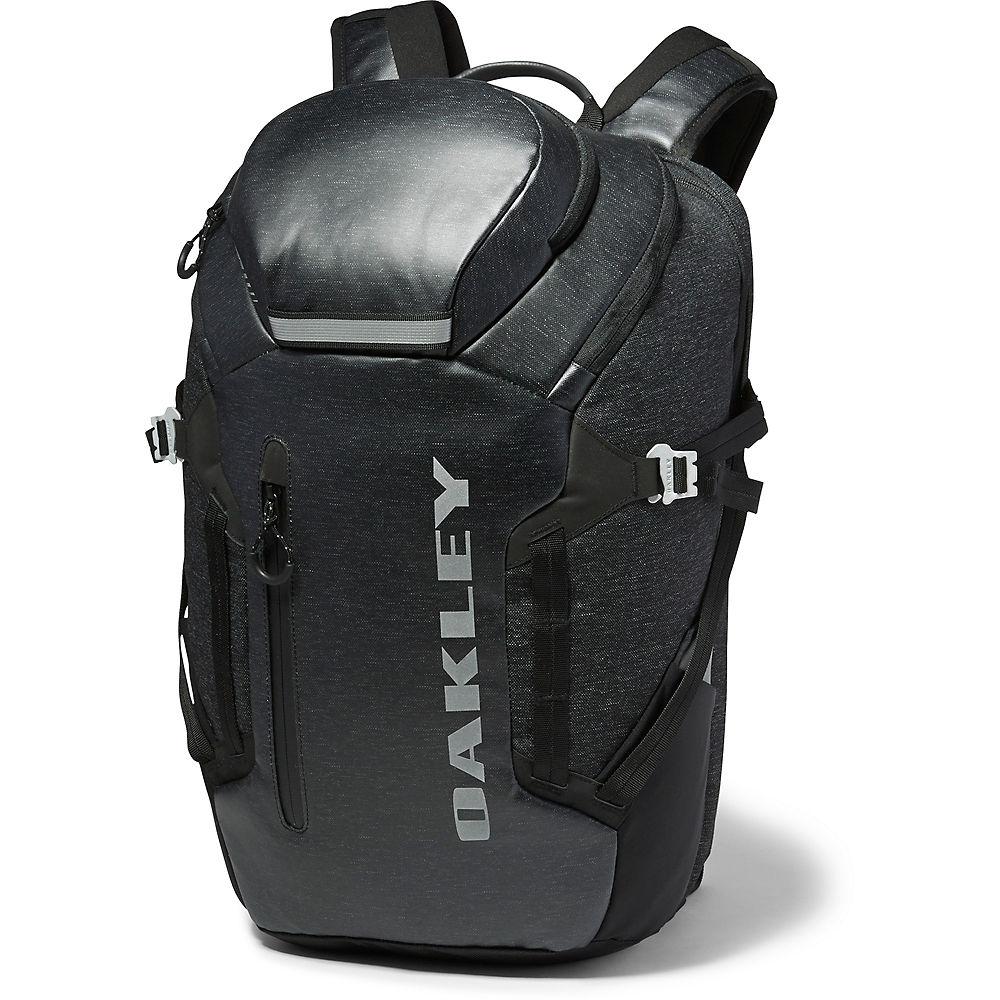 oakley-voyage-27-backpack