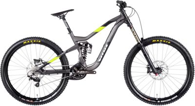 VTT à suspensions Vitus s Dominer DH 2017