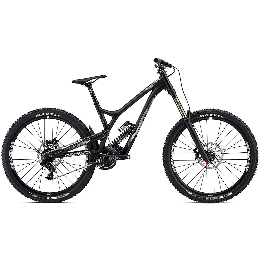 commencal-supreme-dh-v4-race-bike-2017