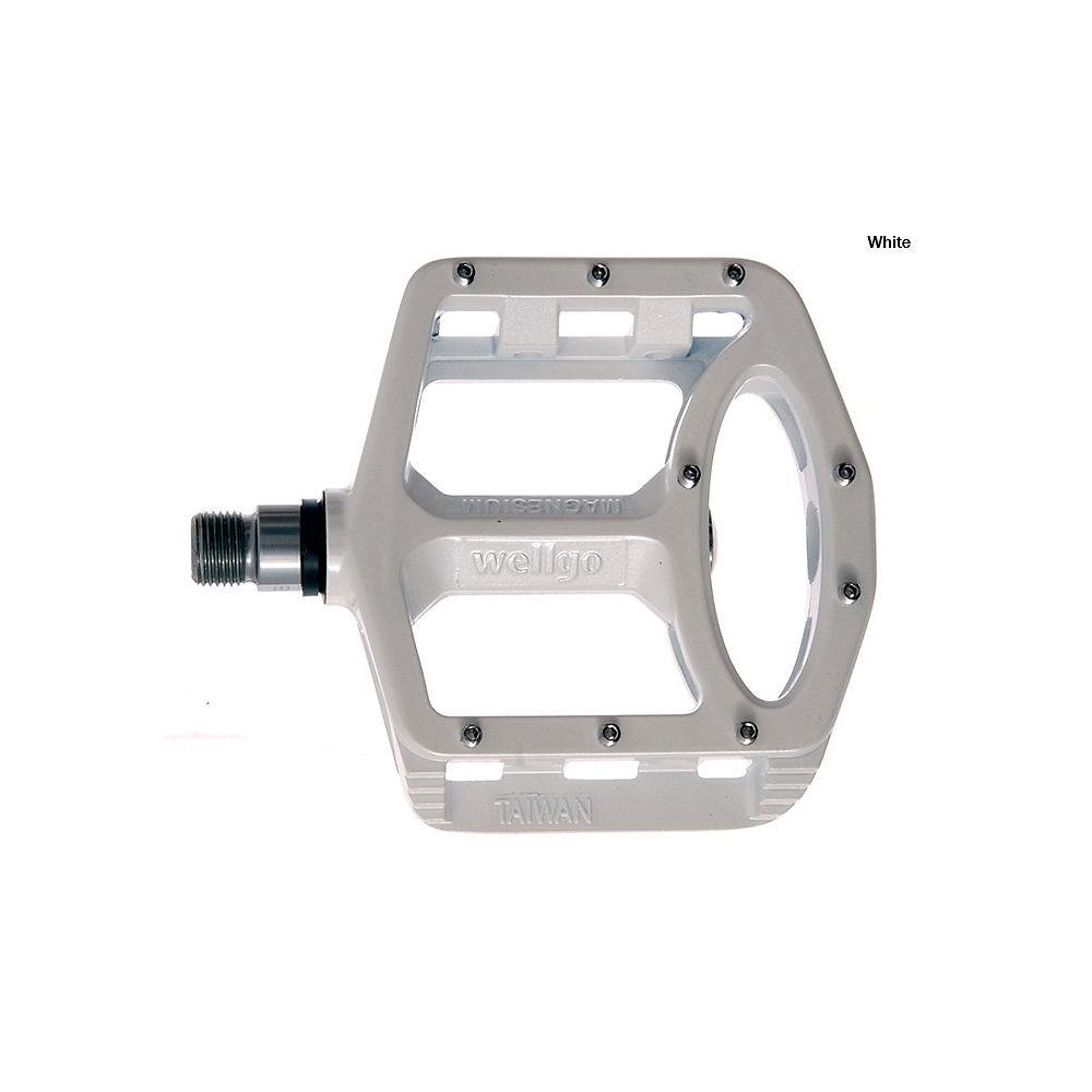 wellgo-mg1-magnesium-platform-flat-pedals