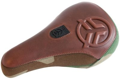 Selle Pivotal Federal Royale Mid