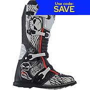 No Fear Attack Boots