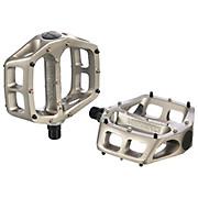 DMR V8 Magnesium Flat Pedals