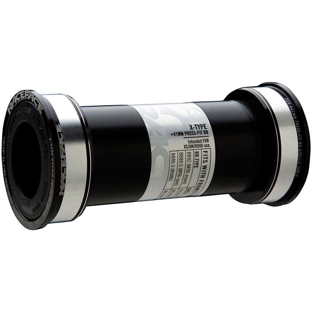 Race Face Cinch Bb92 Bottom Bracket - Black - 86.5/92mm - Bb92 - 30mm Spindle  Black