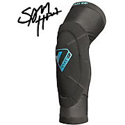 7 iDP Sam Hill Knee Pad