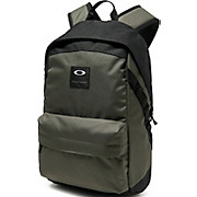 Oakley Holbrook 20L Backpack Dark Brush SS18