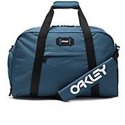 Oakley Street Duffle SS19